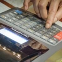 Tízezrek bukják a pénztárgép-támogatást az Alt Cash hibás Samsung gépei miatt