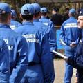 Rendőrök sérültek meg a Fidesz-székháznál