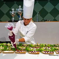 Képriport a stockholmi Food and Wine vásárról (3) Szendvicskészítő bajnokság, színes sajtok, és lebegő péksütemények