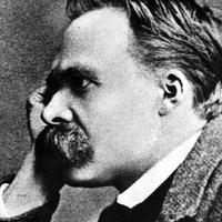 Nietzsche halott. Ma 115 éve.