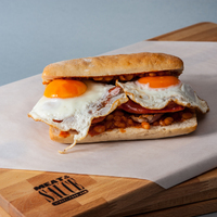 Angol reggeli szendvics és a Meat and Sauce