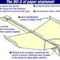 Hajtogasd meg a világ legjobb papírrepülőjét!