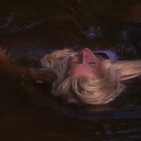 Survivor 4X12 – Szigetcsere, avagy itt még a víz is jobban hullámzik