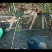 Bear Grylls: A Sziget 2x04 - Kaja az nincs, hiszti az van