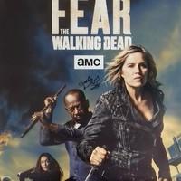 Morgan Jones aláírt pár Fear The Walking Dead-plakátot a hogyvolt-olvasóknak, kell egy?