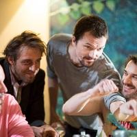 """""""Az egész univerzumhoz szól a filmem"""" – Interjú a Paraziták a Paradicsomban rendezőjével, Kasvinszki Attilával"""