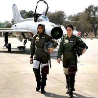 Vadászpilótanők Pakisztánból