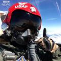 Őrület, a Thunderbirds kötelékben megröptetett lány 9 G-vel műrepült