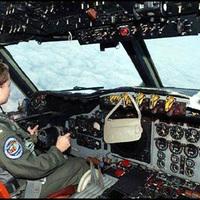 Retikül a pilótafülkében?