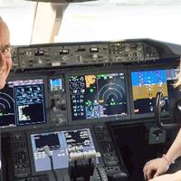 Apa-lánya pilóta duó a Dreamlineren