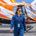 Mentő pilótanő a Himalájában