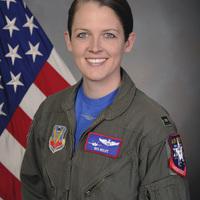 Első pilótanő az F-35 demo csapatban