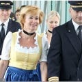 Lufthansa és a dirndli ruha