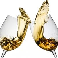 Tudod, hogyan kell borospohárral koccintani?