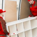 Katasztrofális költözés reggeliző munkásokkal és eltűnt kütyüvel