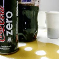 Borzalmas az új Coca-Cola, de csakazértse faragunk viccet a Zéró névből