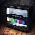 Július óta szereljük a tévét, majd csak lesz valami, ne tessék hívogatni!