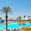 4 csillagos all inclusive extrák Tunéziában: vízjegy és szikraesős villanyszerelés