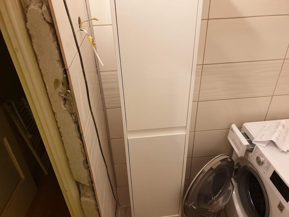 Az élet döntések sorozata. Rögtön itt is egy péda: mit akar a kedves megrendelő  villágosságot vagy a mosógép ajtaját kinyitni?