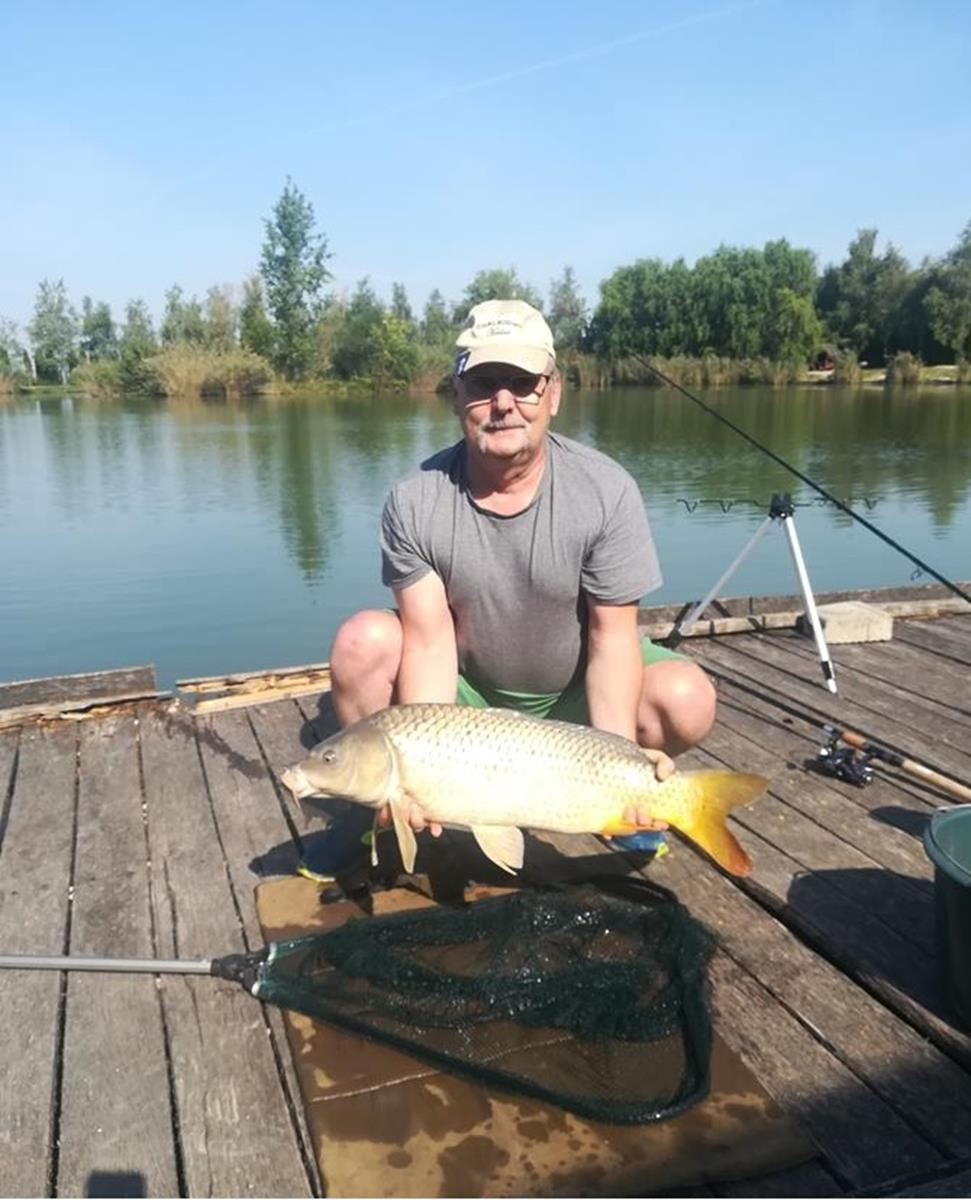 Ponty7,74 kg pikkelyes