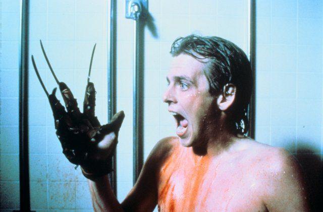 nightmare-2-1985-glove.jpg