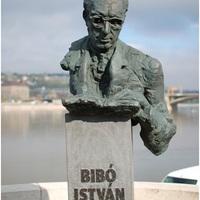 Ki kaphat szobrot Magyarországon?