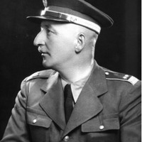 Angyalbőrben: Reviczky Imre ezredes