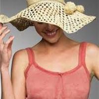 Kiegészítők: kalap, fejfedő