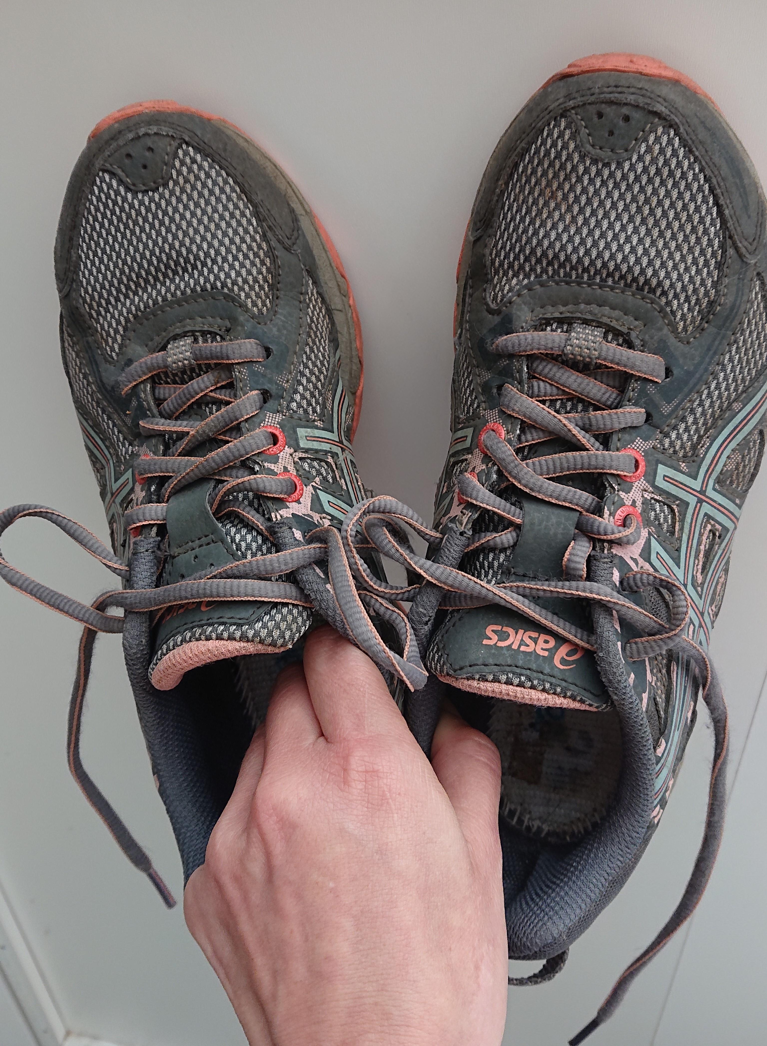 16c4d8d603 Akciósan 12500 forint volt, és ez nem is kezdő cipő - tiszta mázli, utolsó  darab volt, pont a méretemben