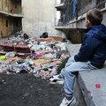 Szemétbe fojtja a Hős utca lakóit az önkormányzat