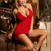 Sandee Westgate Lady In Red  -  A vörös ruhás lány.....