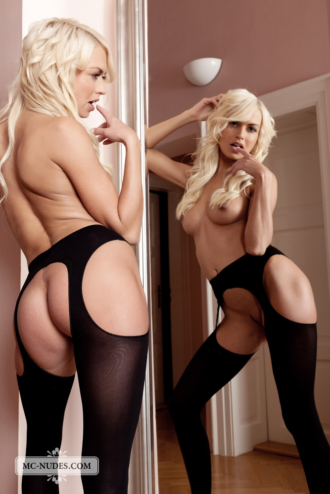 lena_topless_in_thigh_highs-15.jpg