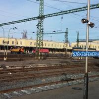 Fehérvár-átépítés, 3. rész: Peron állott, most kőhalom