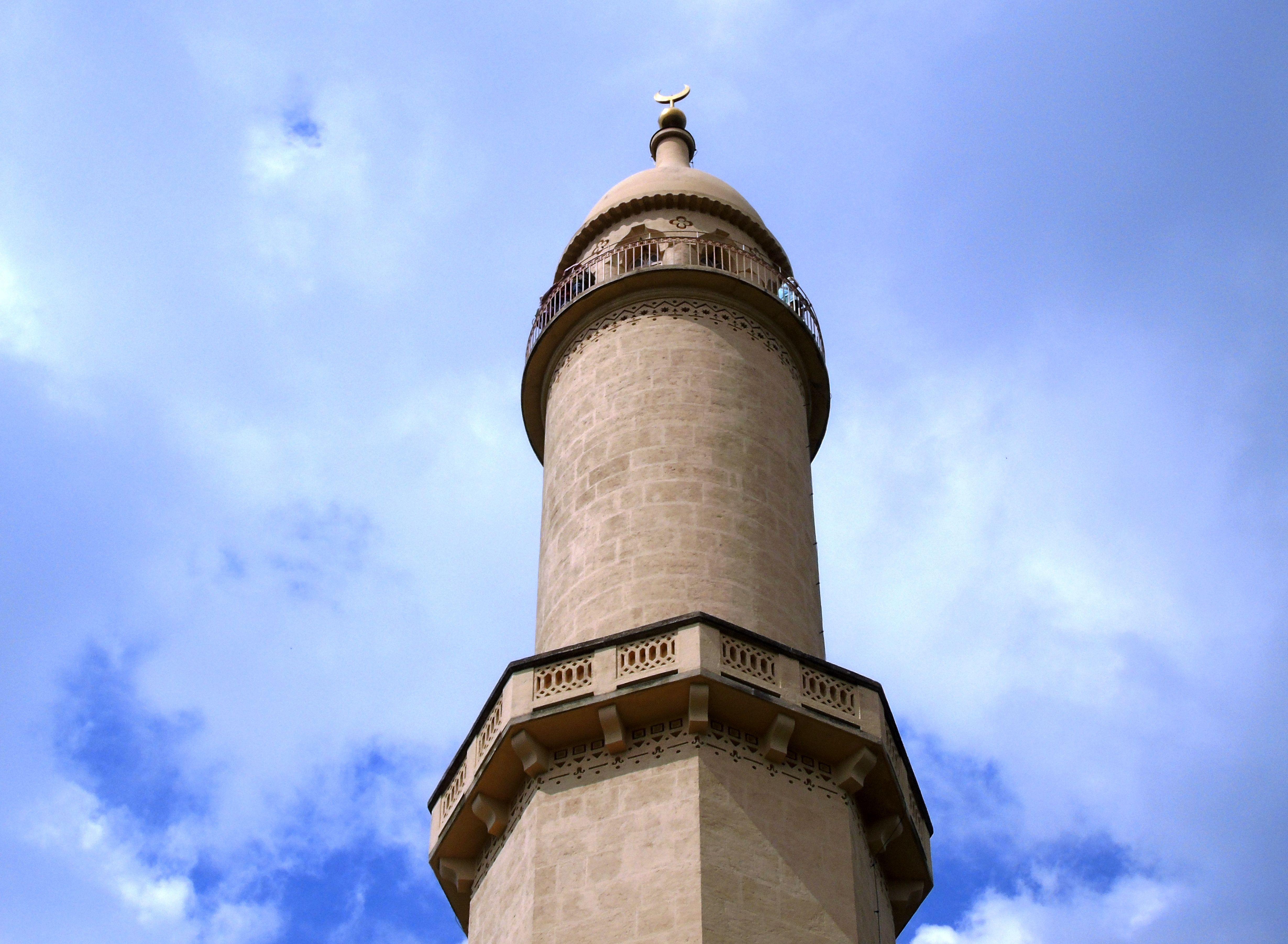 minaret1-compressor.jpg