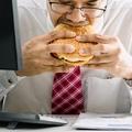 Így növeli az ülőmunka az elhízás kockázatát