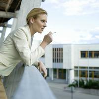 Vigyázat! Ilyen hatással van a szervezetünkre 10 perc cigiszünet