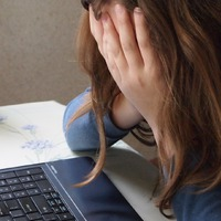 Gyomorgörcs a munkahelyen – ismerős?