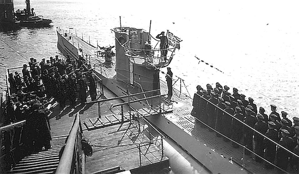 Az U-81 szolgálatba állítási ünnepsége.
