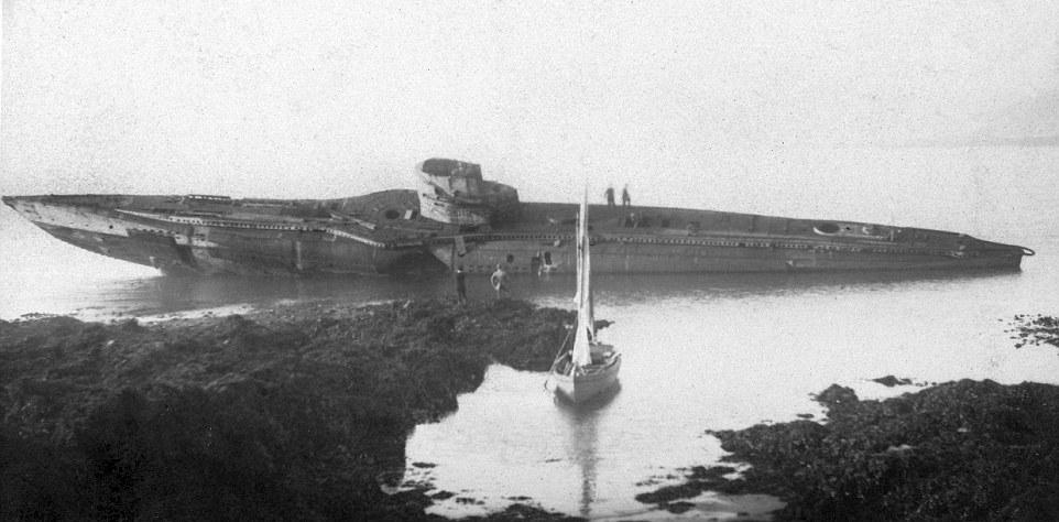 A háború után Falmouth közelében zátonyra futott német UB-112.