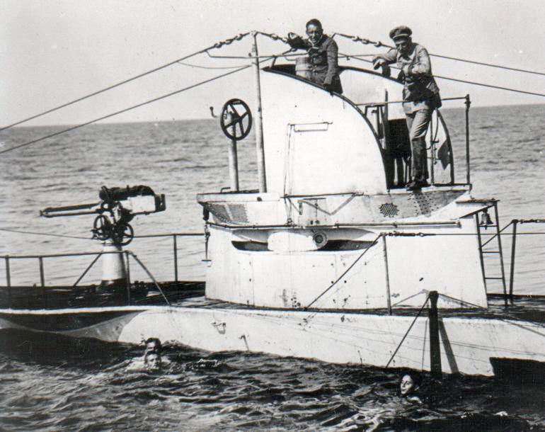 Az U-27 parancsnoki tornya.