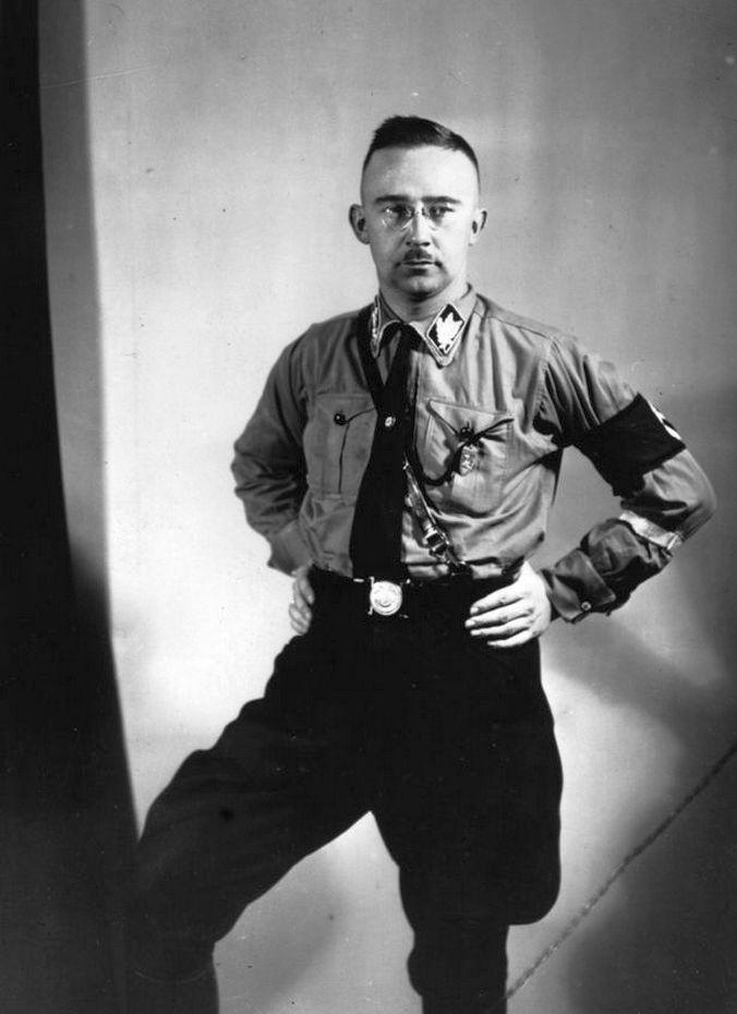 Heinrich Luitpold Himmler, a Führer kedvenc kiscserkésze.