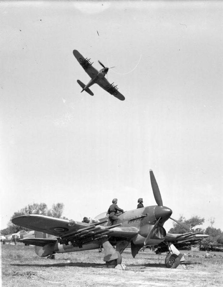Hawker Typhoon vadászbombázók.