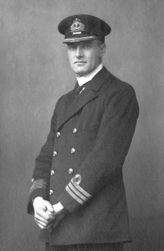 Sir Reginald Aylmer Ranfurly Plunkett Ernie Erie Drax.