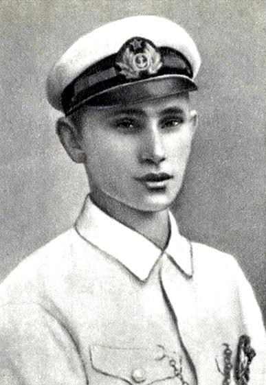 Ivan Kuzmics Kozsanov, a 24 éves flottaparancsnok.