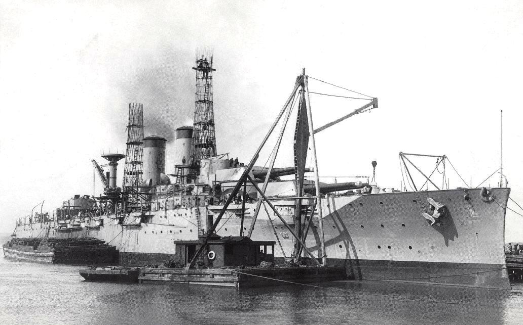 A befejezés előtt álló Texas csatahajó 1913 végén.