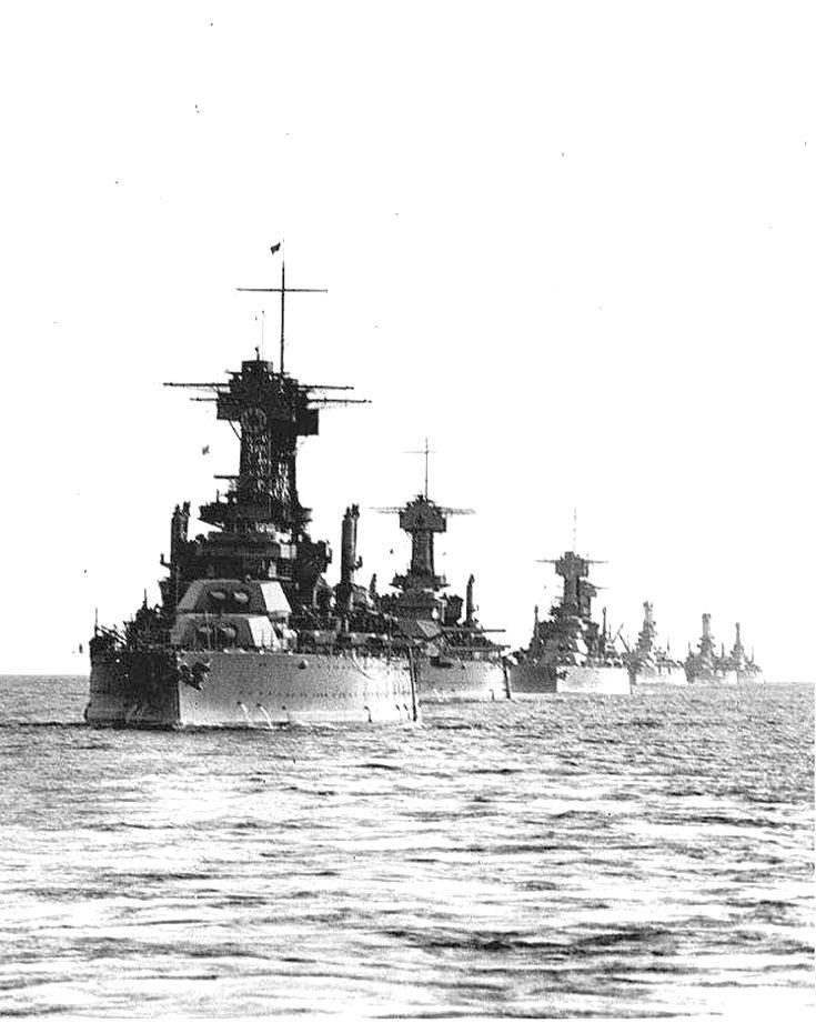 A csatasor. Amerikai csatahajók egy hadgyakorlaton.