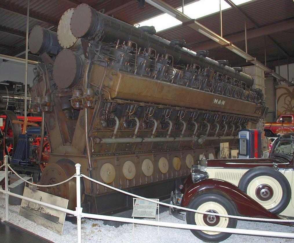 Az Emden cirkálónak szánt MAN dizelmotor. Hasonlókat használtak volna az O osztály hajóin is.
