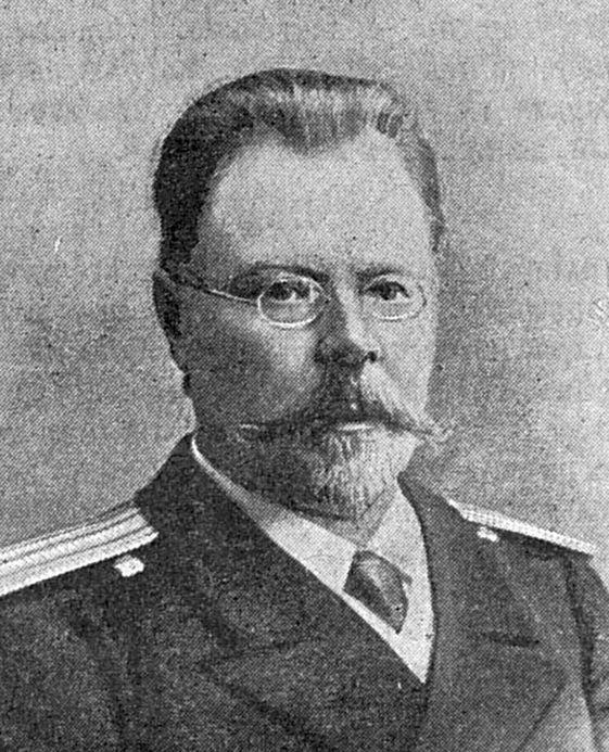 A gyűlölt hajóorvos, Szergej Jegorovics Szmirnov.