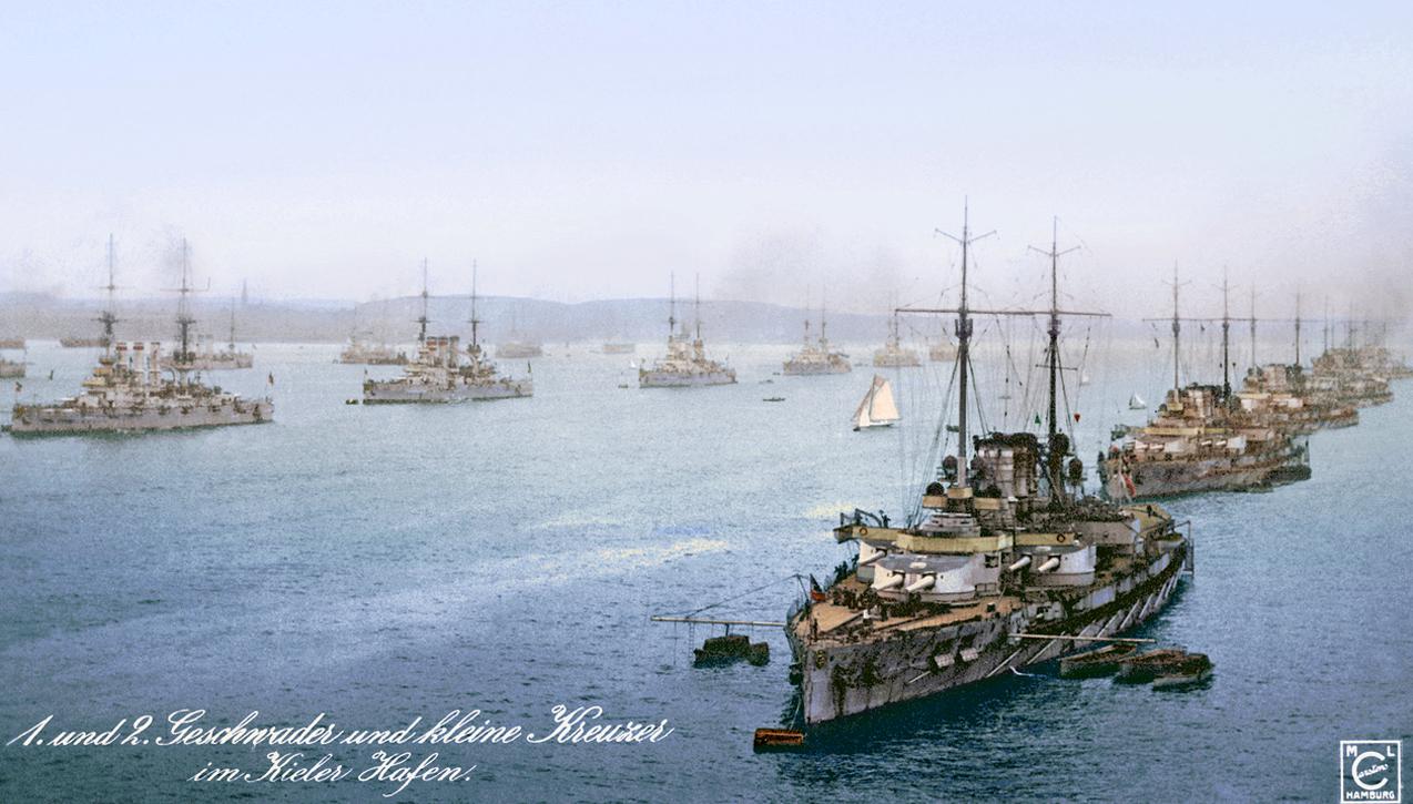 A Kiel kikötőjében horgonyzó német flotta.