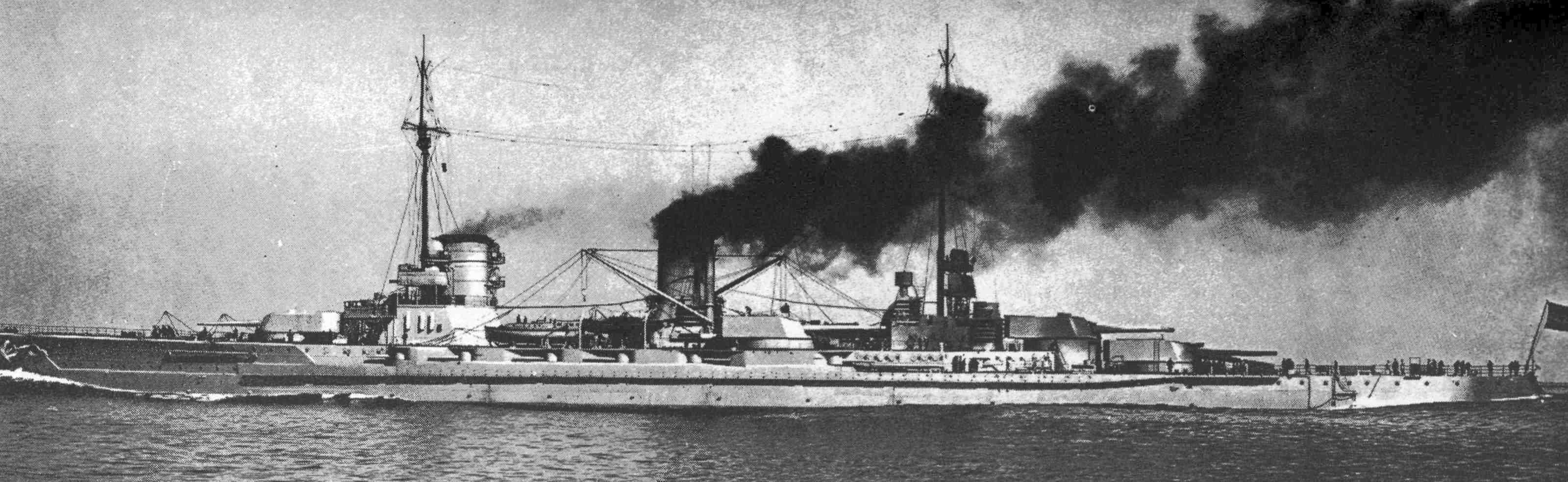 Hipper egy másik csatacirkálója, a Moltke.